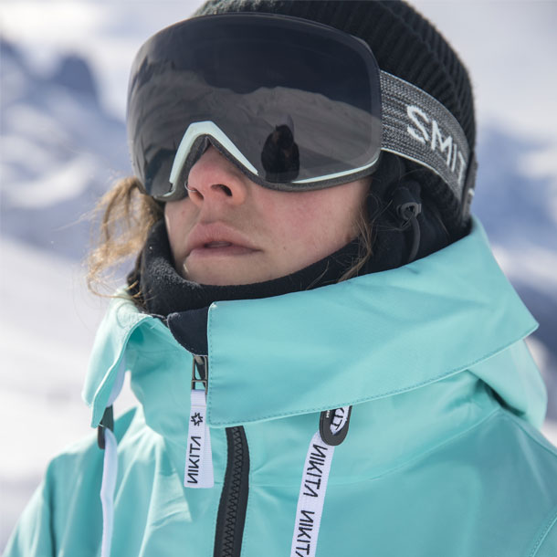 Snowboard goggles on a girl