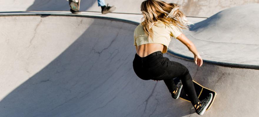 cruiser skateboard in a bowl